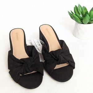 OLD NAVY NWT Black Block Heel Slip On Bow Sandals